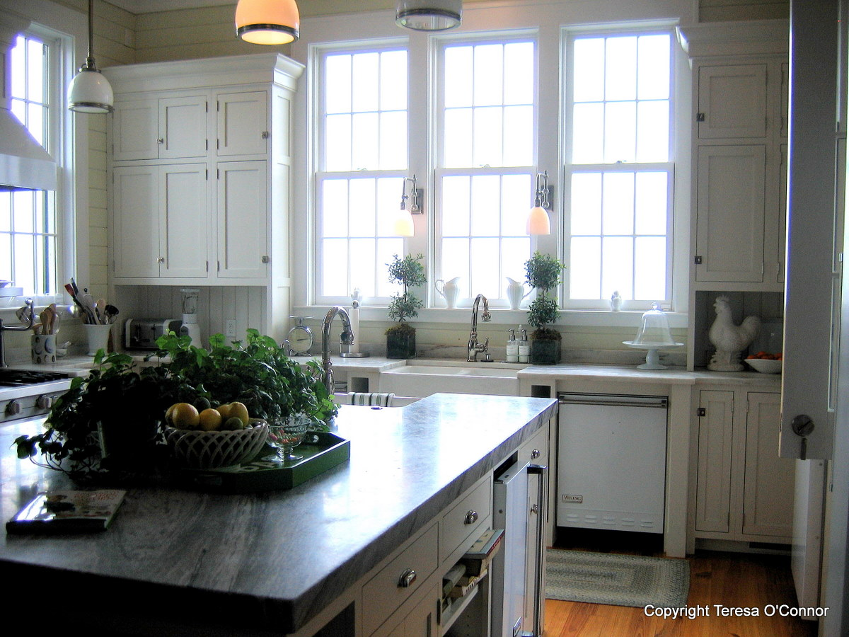 P Allen Smith Life Partner http://www.seasonalwisdom.com/2011/05/at-home-with-p-allen-smith/