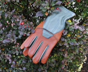 Goat skin gloves that handle water well