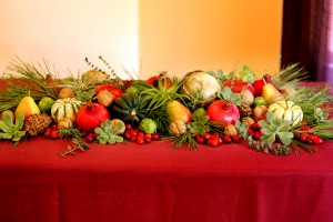 This beautiful seasonal tablescape can be eaten too.