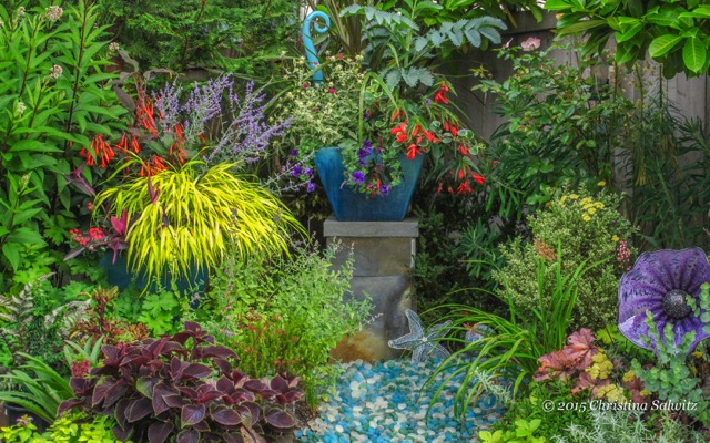 Designing gardens with fine foliage for Fine gardens landscaping